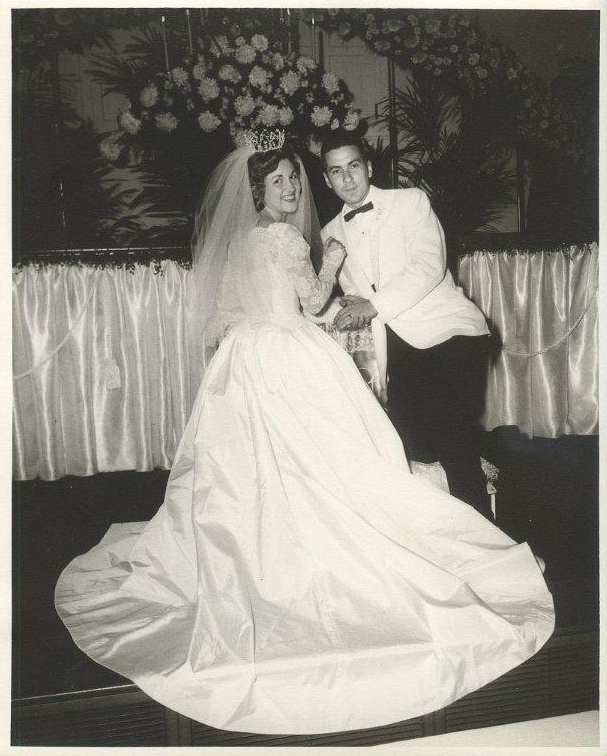Mom and Dad Wedding picture (3)