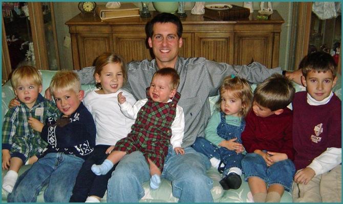 ohn Gunter with nieces and nephews on Christmas